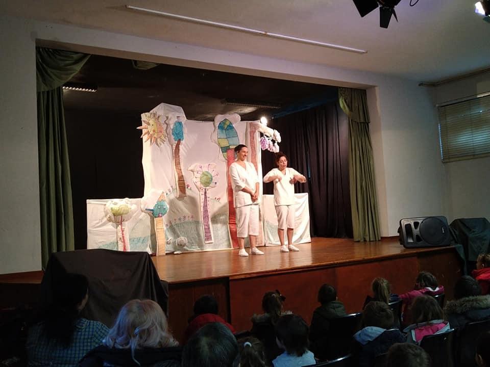 Teatro: A raposa e a cegonha